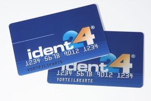 Plastikkarte mit Hochprägung und Ident-Druck