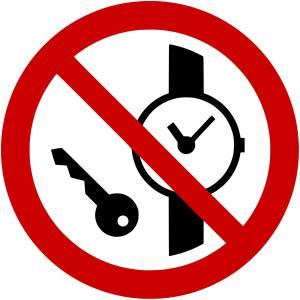P008 - Mitführen von Metallteilen und Uhren verboten - selbstklebend  preis-günstig kaufen